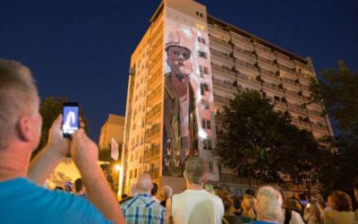 Mural upamiętniający wydarzenia czerwca 1976 roku, zrealizowany dla urzędu miasta Radomia